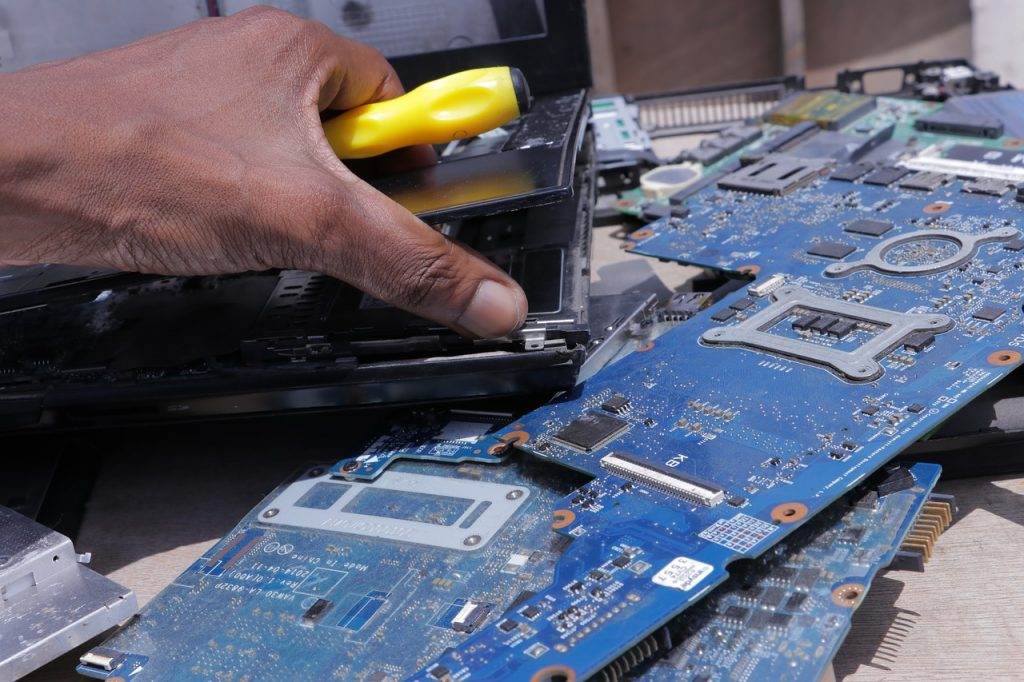 how much to fix a laptop screen